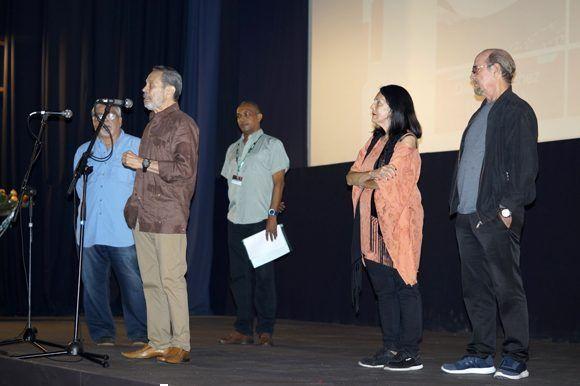 """Leo Brouwer, quien estuvo a cargo a la música en """"Lucía"""", comenta sobre la restauración del filme. Foto: José Raúl/ Cubadebate."""