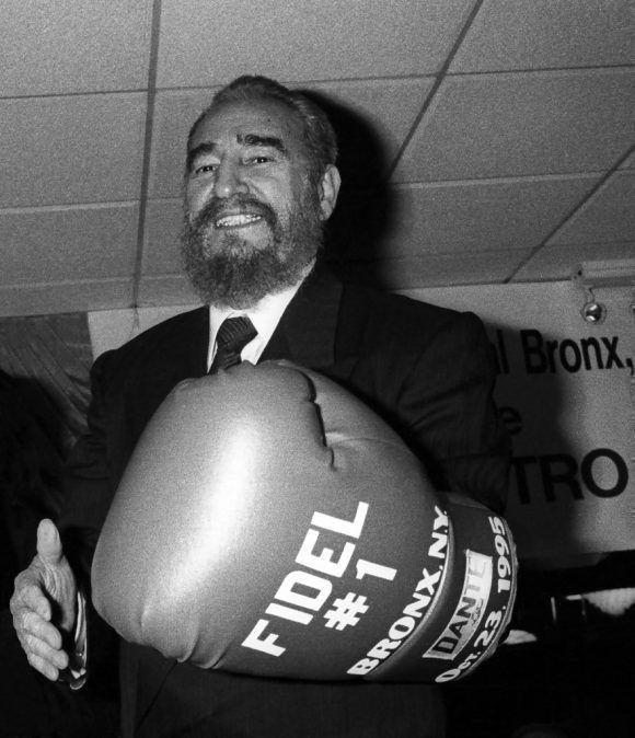 Fidel en el Jimmy's Cafe del Bronx, Nueva York 25 Octubre 1995. Foto: Liborio Noval.