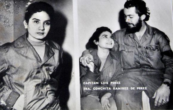 Fotos de los excombatiente del Ejército Rebelde, Luis Jesús Pérez Martínez, capitán y Juana Bautista de la Concepción Ramírez Figueredo (Conchita), casados en boda rebelde oficiada por el Dr. Fidel Castro, Comandante en Jefe del Ejército Rebelde en la Sierra Maestra, el 26 de septiembre de 1958. Foto tomada en La Habana, Cuba, el 30 de noviembre de 2017. ACN FOTO/Madelin RAMÍREZ PÉREZ