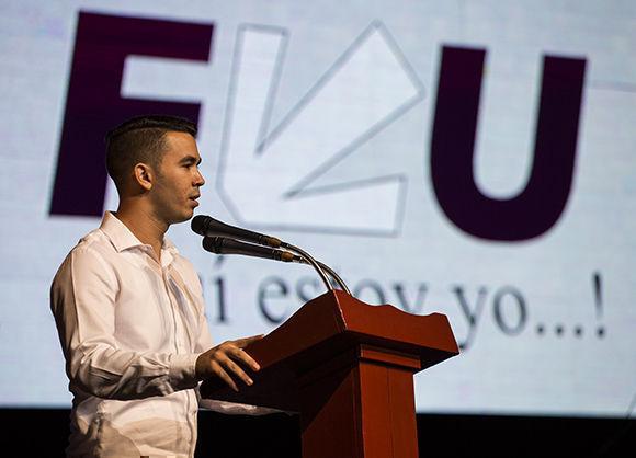 Raúl Alejandro Palmero Fernández, presidente de la FEU, afirmó que muchas de nuestras universidades son verdaderas ciudades. Foto: Irene Pérez/Cubadebate