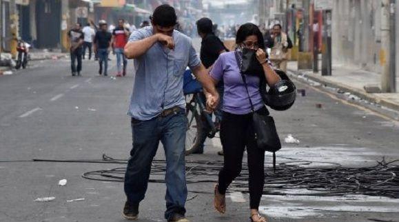 Protestas sociales tensan crisis política en Honduras