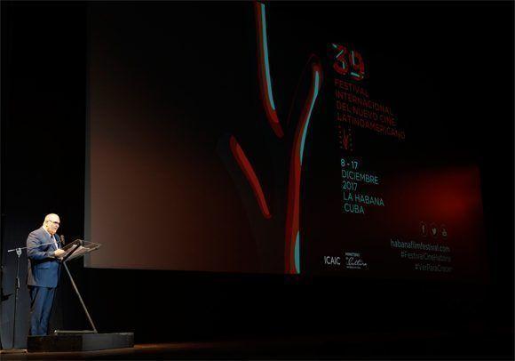 El presidente del Festival, Iván Giroud, pronunció las palabras inaugurales de la muestra. Foto: Leysi Rubio/ Cubadebate