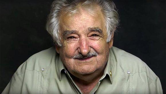 Apenas unos 47 segundos de José Mujica han bastado para que ocho millones de personas lo escuchen y un cuarto de millón lo comparta en Facebook. Foto. Human/ Youtube.