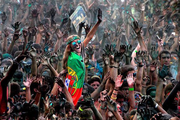 """""""Gente y retratos"""" es la categoría en la que ha resultado Joao Taborda vencedor con """"I'm here"""" tomada durante un festival inspirado en el Holi, de origen indio y que se celebra cada año en el Universidad de Lisboa."""