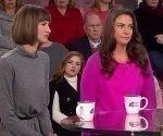 Rachel Crooks y Samantha Holvey, supuestas víctimas de acoso sexual de Donald Trump. Foto: AP.