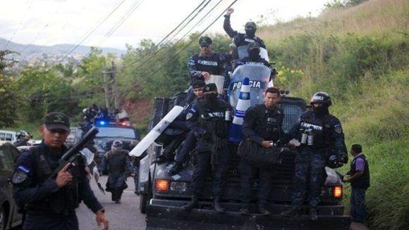Presidente hondureño acepta recuento total de votos
