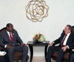 Raúl y el Primer Ministro de Antigua y Barbudas