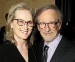 Streep y Spielberg hablan de medios y política al promover The Post