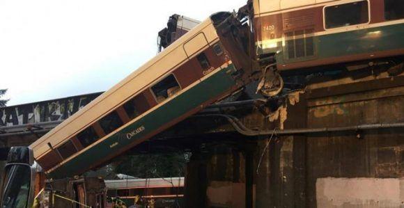 El tren descarrilado en Seattle iba a exceso de velocidad, aseguran fuentes oficiales