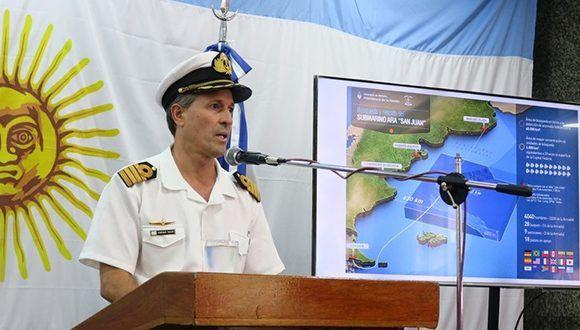 El vocero de la armada Enrique Balbi dio detalles de las tareas que se realizarán durante todo este sábado. Foto: Jorge Sanchez/Clarín