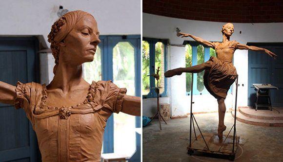 Inauguró Gran Teatro de La Habana estatua de Alicia Alonso