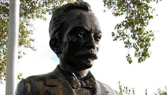 Busto de José Martí en West New York (Nueva Jersey). Foto: Wally Gobetz/ Cuba Nuestra.