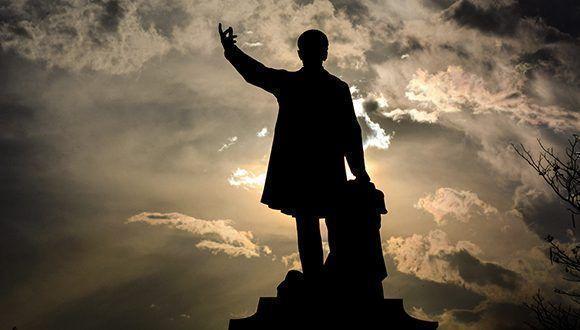 José Martí: misterio clarísimo e intocable