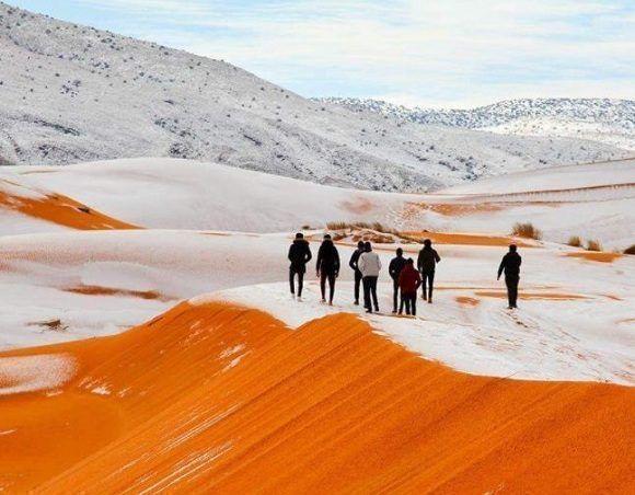 El desierto del Sahara se cubre de nieve (+ Fotos)
