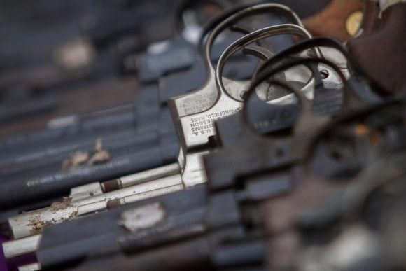 Armas de EE.UU. en manos de criminales de países vecinos
