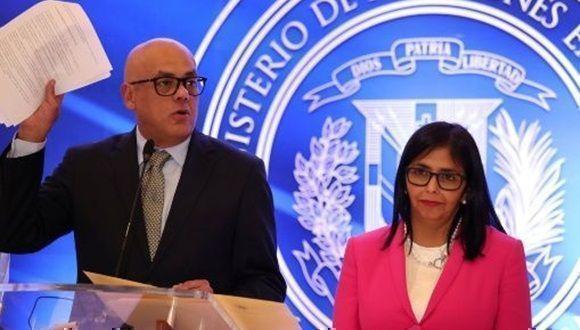 Oposición venezolana no firma aún acuerdo de convivencia política