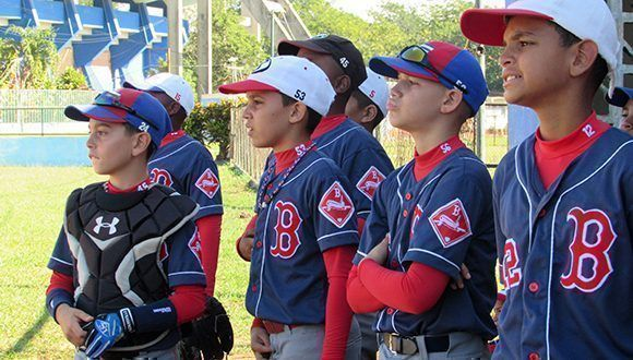 Niños y adolescentes camagüeyanos a competencias nacionales de Béisbol