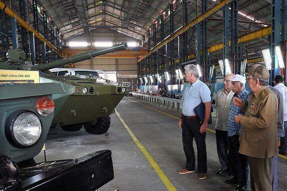 Raúl Castro Ruz recibe a varios congresistas de Estados Unidos