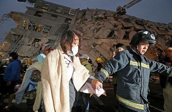 Terremoto en Taiwán deja hasta ahora siete fallecidos (+ Fotos)