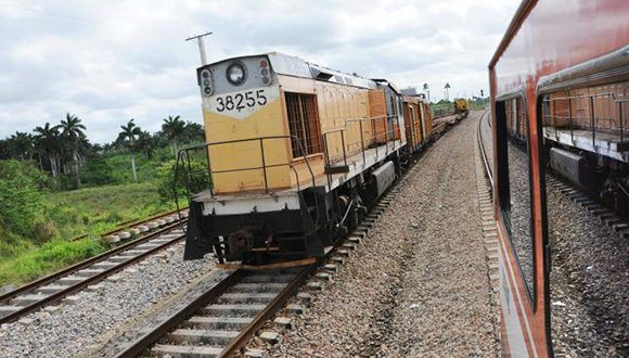 Cuba trabaja en la recuperación del ferrocarril