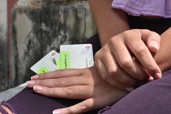Sistema Bancario aplica bonificación por uso de tarjetas magnéticas en Cuba