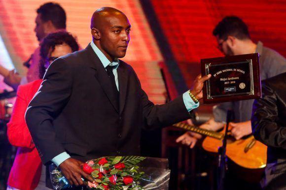 Premiados los mejores jugadores de la 57ª Serie Nacional de Béisbol