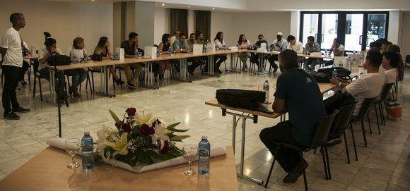 Comunidad Android en Cuba. Foto: L Eduardo Domínguez/ Cubadebate.