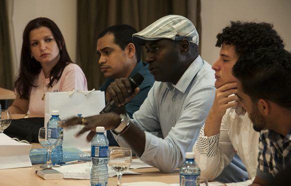 Asistieron parte del equipo de Qvacall, A la Mesa, ETK, Conoce Cuba, entre otros. Foto: L Eduardo Domínguez/ Cubadebate.