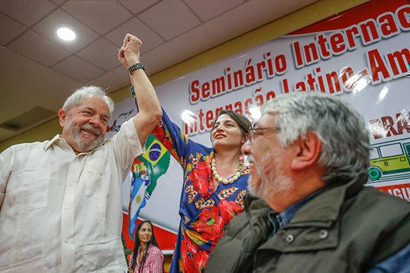 Lula reclama por una reforma agraria en su penúltimo día de caravana
