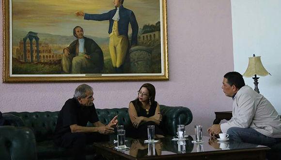 Independentista López Rivera rindió tributo a Bolívar en Caracas