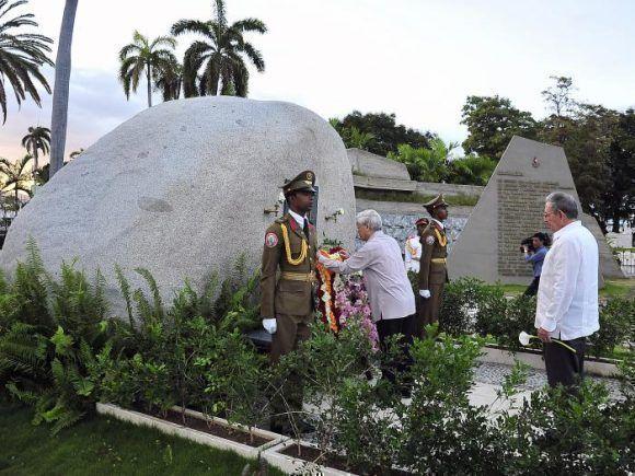 Rindió tributo a Martí y Fidel el Secretario General del Partido Comunista de Vietnam antes de partir de Cuba