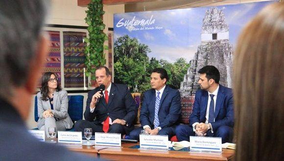 Aerolínea española revitalizará ruta Guatemala-Cuba