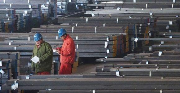 Estudia Trump aranceles a productos chinos