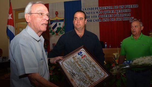 Otorgan a Eusebio Leal condición de Hijo Ilustre de Cienfuegos