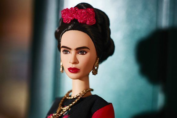 Barbie rinde homenaje a Frida Kahlo y descendientes de la artista ...