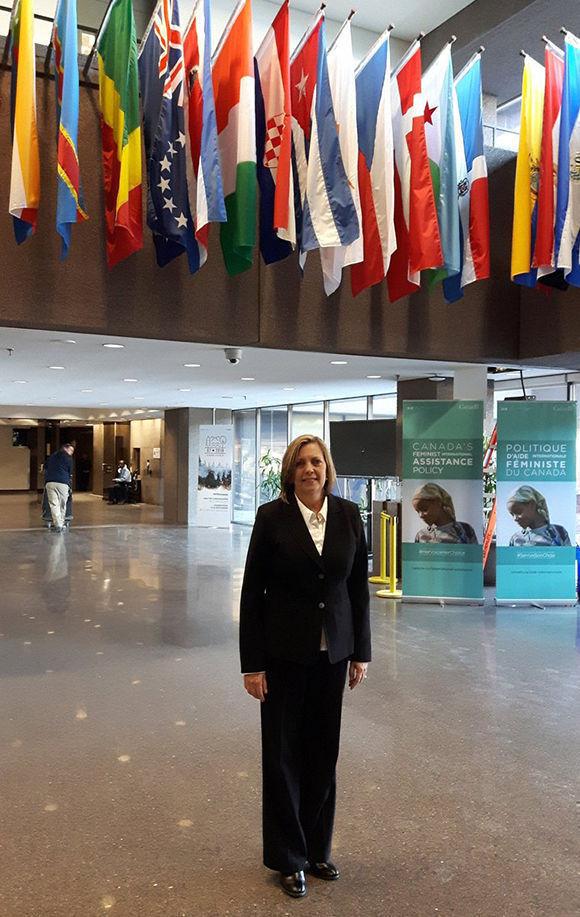 Josefina Vidal Present Copias De Estilo Como Embajadora Ante Ministerio De Relaciones