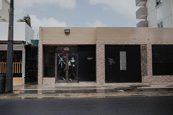 04e124fcb Más de diez mil negocios pequeños en Puerto Rico permanecen cerrados a  cinco meses del paso del Huracán María. Foto  Eric Rojas  The New York Times