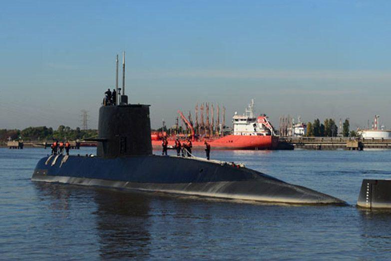 """Último buque internacional abandona búsqueda del submarino argentino """"ARA San Juan"""""""