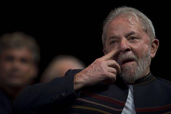 Justicia brasileña congela bienes de Lula para pago de deuda al Estado