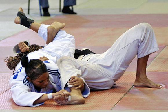 Judo nacional: Idalis y Onix regresaron doradas