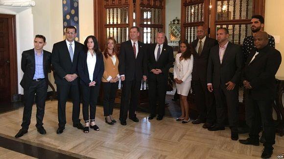 Canciller interino de EEUU se reúne en Lima con mercenarios de Cuba y Venezuela