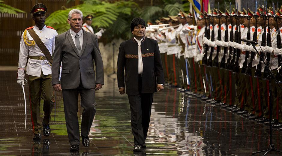 """Miguel Díaz-Canel recibe a Evo Morales: """"Contento de estar en esta nueva era en Cuba"""""""