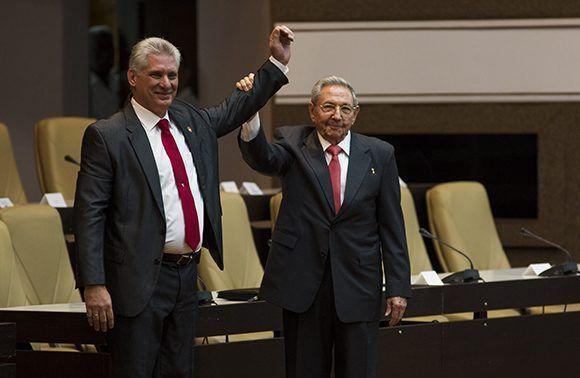 Confía Raúl en la continuidad de la Revolución cubana (+ Audio y Video)