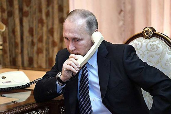 Vladimir Putin conversó con Raúl y Díaz-Canel