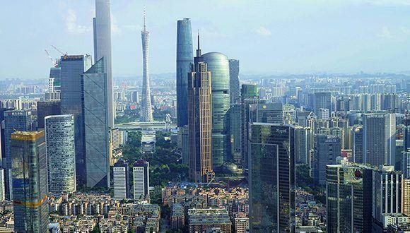 Empleado de embajada de EU en China lesionado por sonido anormal
