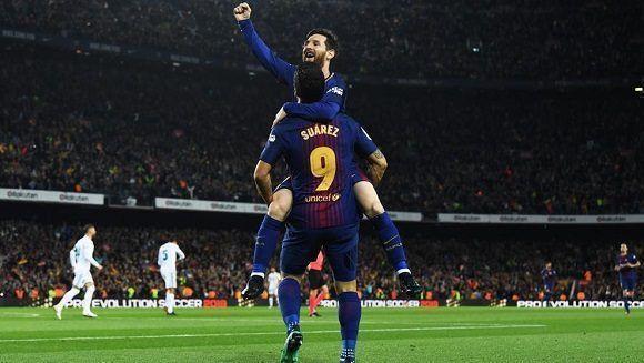 Barcelona empata 2-2 con Real Madrid y mantiene su récord a salvo ... 41c975e3b62