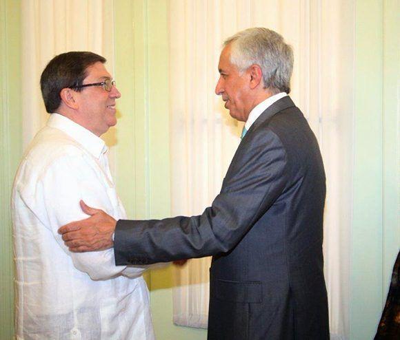 Bruno Rodríguez recibe al ministro de Relaciones Exteriores de Qatar