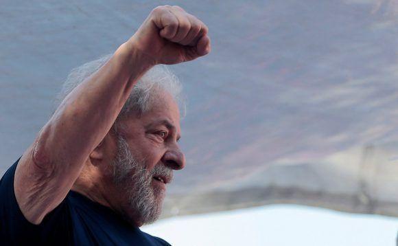 Lula encabeza intención de voto en Brasil con un 39 % de respaldo
