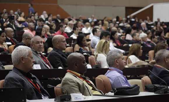 Sesiona XXX Congreso Centroamericano y del Caribe de Cardiología y el IX Congreso Cubano de Cardiología, en el Palacio de Convenciones, en La Habana, Cuba, el 5 de junio de 2018. Foto: Alejandro Rodríguez Leiva/ ACN.