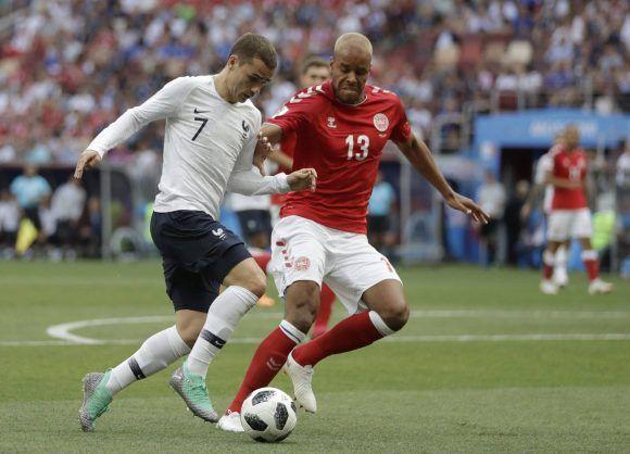 Dinamarca clasifica a octavos y Perú derrota a Australia en Rusia 2018